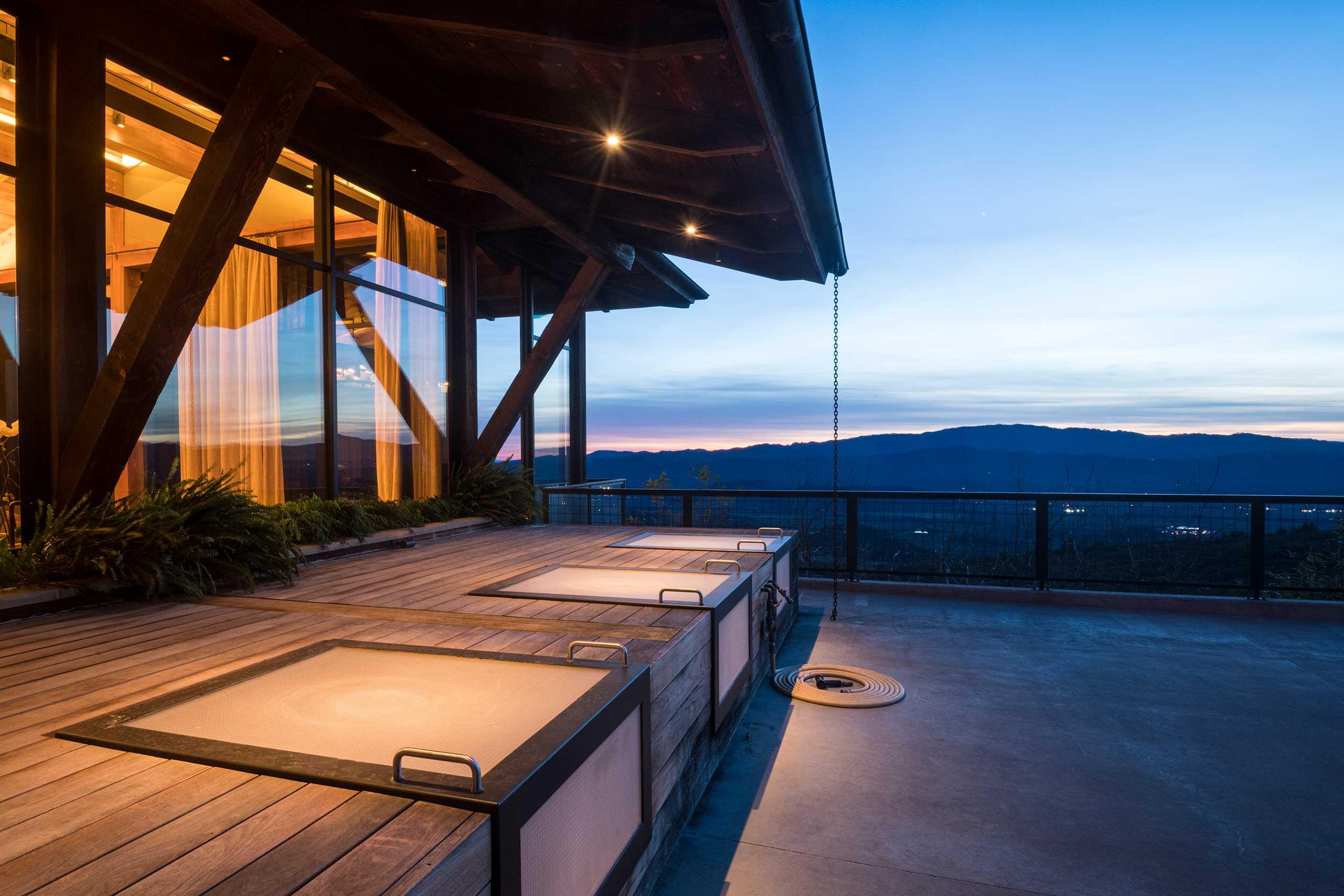 Elemental & Harmonious Architecture